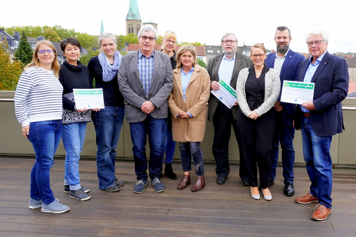 """Fast 4.000 Euro für den guten Zweck – """"Woges-Treppenhauslauf"""" beschert Herner Vereinen Geldregen"""